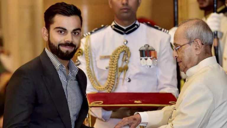 Virat Kohli receiving the Padma Shri award
