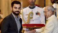 Virat Kohli receiving the Padma Shri award